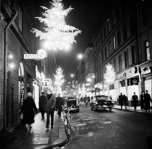 SVD031387S Drottninggatan 1956